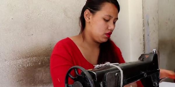 La OIT aboga por proteger mejor a los trabajadores a domicilio